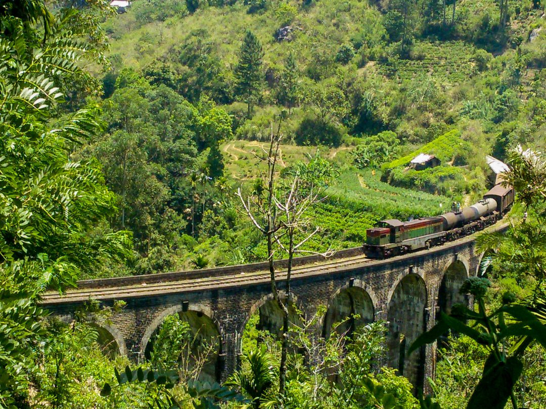 Ella Travel Guiide - Demodara Bridge